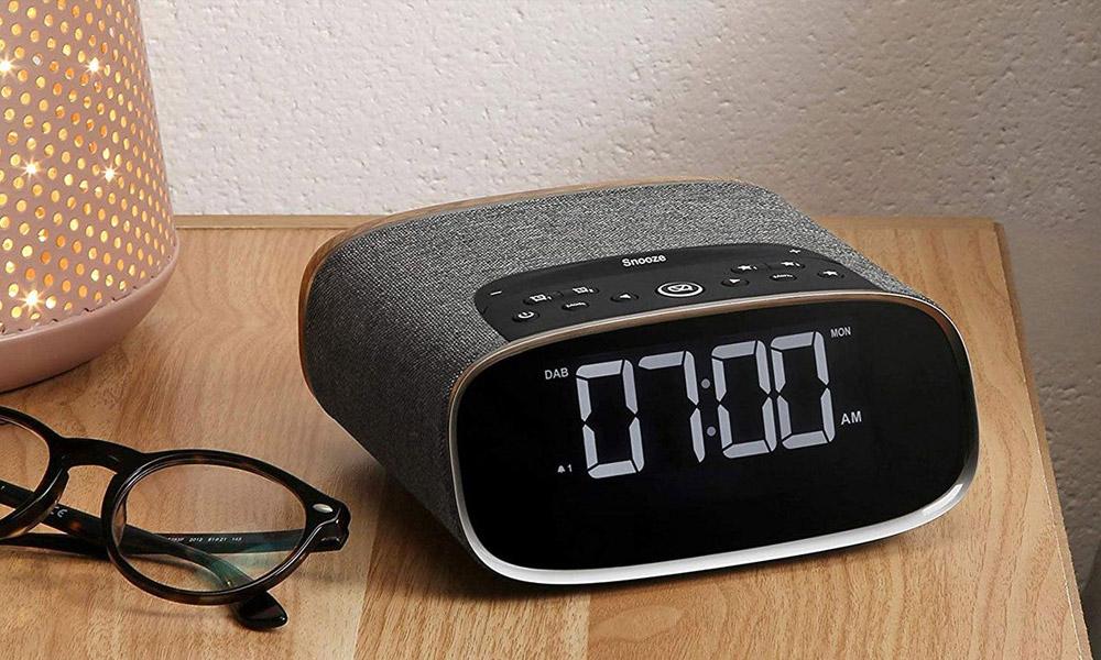 Bedside DAB Radio Alarm