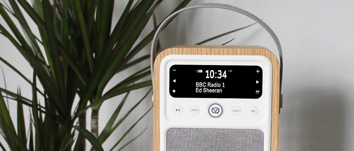 2f0eb302f VQ Monty Portable DAB+/FM Radio & Bluetooth Speaker in Oak