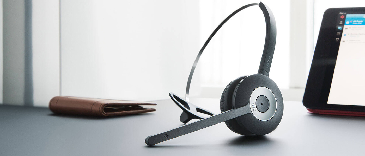 2a2378a0044 Top 10 - Best Wireless Headsets of 2019