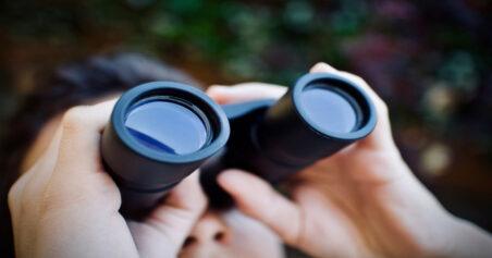 Choosing The Best Close Focus Zoom Binoculars